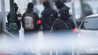 Les méthodes de recherche utilisées par la police dans l'enquête sur les attentats de Bruxelles sont-elles légales ?