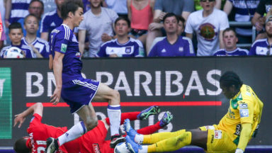 Anderlecht vainqueur sur le fil contre Ostende (2-1)