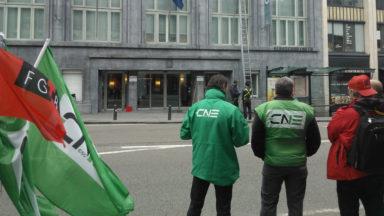 Les syndicats du non-marchand veulent camper 24h devant le cabinet de Sven Gatz
