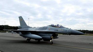 Remplacement des F-16: les candidats doivent remettre leurs offres aujourd'hui
