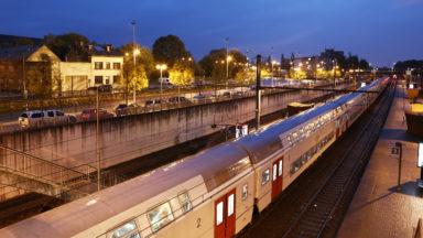 Bruxelles: 78 voyageurs bloqués dans un train après un accident vendredi peu après minuit
