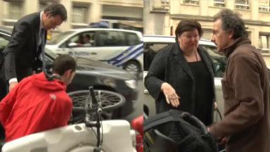 A. De Croo et M. De Block provoquent tous les deux la chute d'un cycliste