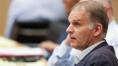 Le MR d'Ixelles demande à M. Destexhe de démissionner comme conseiller communal