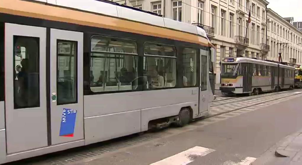 trams_rueroyale