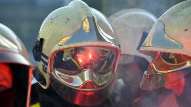 Les pompiers reçoivent des kits de premiers soins adaptés aux attentats