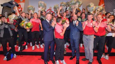 Accueil chaleureux des familles et des amis pour la délégation belge de retour de Rio