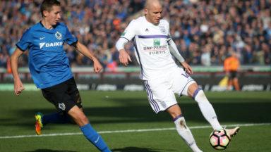 Anderlecht perd le 'Topper' à Bruges (2-1) et la tête du classement