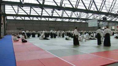 Un stage d'aïkido a rassemblé plus de 1300 personnes à Tour et Taxis