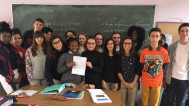 Les élèves d'une école d'Anderlecht privée de 15 professeurs «sans titre» écrivent une lettre à la Ministre Schyns
