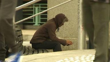 Fin du plan hiver : 70 enfants risquent de se retrouver à la rue