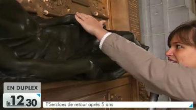Bruxelles : t'Serclaes revient à la Grand Place en trois exemplaires