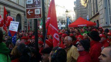 Plusieurs milliers de syndicalistes manifestent contre la réforme des périodes assimilées
