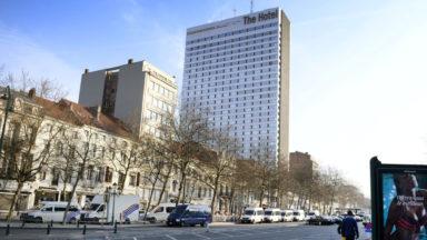 Les touristes qui viennent à Bruxelles y restent moins longtemps et y dépensent moins