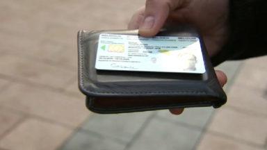 On perd plus de cartes d'identité à Bruxelles que dans le reste du pays