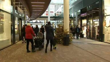 Premières soldes dans le centre commercial Docks : déjà de grosses réductions