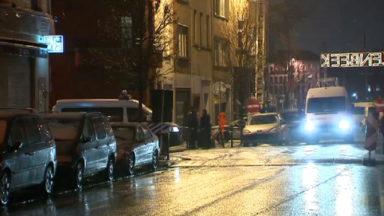 Pas d'armes ou d'explosifs retrouvés à Molenbeek, trois personnes entendues