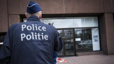 Un cambriolage a eu lieu dans un local de la zone Bruxelles-Ixelles : la police dément le vol de dossiers personnels