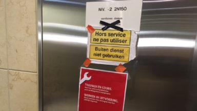 Ne soyez pas… «pressé» à la gare de Schuman, les toilettes sont toujours inaccessibles