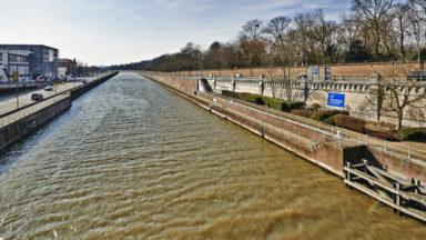 Une personne est tombée dans le canal près de Van Praet