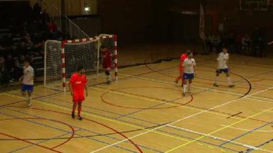 Un match de mini-foot organisé entre les policiers et les jeunes anderlechtois