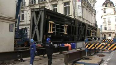 Arrivée de nouveaux ascenseurs de scène au théâtre de la Monnaie