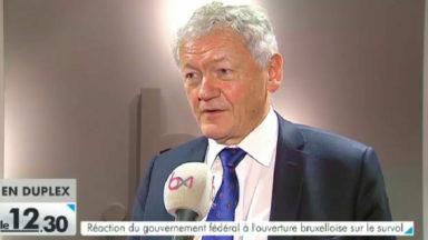 Réaction du gouvernement fédéral à l'ouverture bruxelloise sur le survol