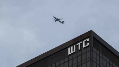 Nuisances des avions : la perception des amendes par la Région bruxelloise suspendue durant deux mois