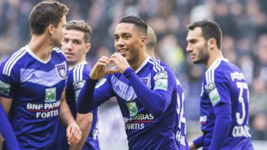 Anderlecht bat Zulte Waregem 4-2