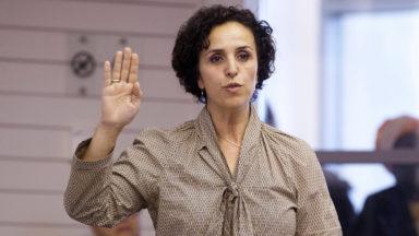 Molenbeek : Khadija Zamouri (Open VLD) choisit le décumul et laisse son mandat d'échevine