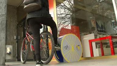 Des stations de réparation et des pompes à vélo installées à Jette