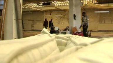 Une petite centaine de personnes de «La voix des sans-papiers» occupent un bâtiment à Bruxelles