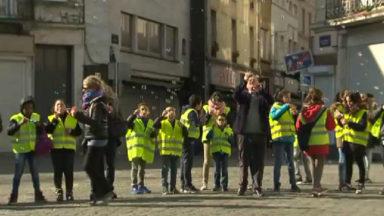 Molenbeek : 400 écoliers chantent pour la paix