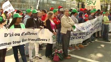 Les syndicats dénoncent l'utilisation de travailleurs sans papiers sur des chantiers bruxellois