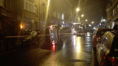Uccle: accident de voiture rue Edith Cavell