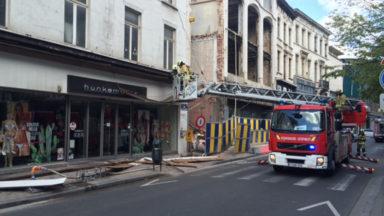 Le trafic chaussée d'Ixelles est interrompu à cause d'un incident de chantier
