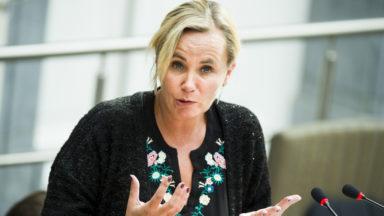 Liesbeth Homans refuse de nommer 4 bourgmestres de communes à facilités
