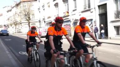Ixelles : une nouvelle équipe de 6 policiers et policières en vélo