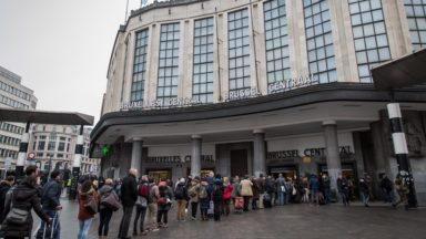 Les patients atteints de sclérose en plaques se réunissent à Bruxelles-Central : ils veulent vivre avec plus d'autonomie
