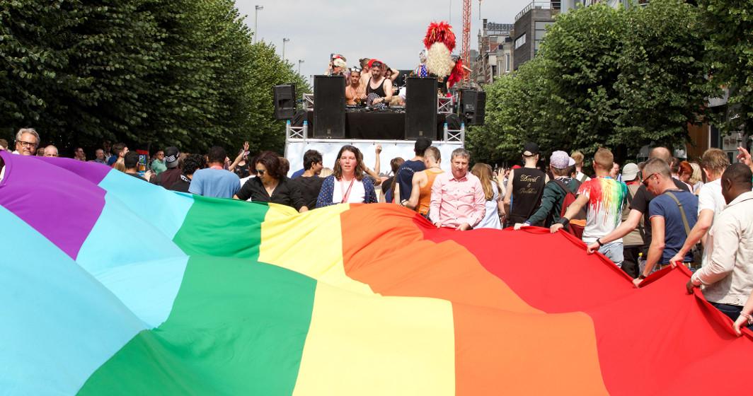 Drapeau arc-en-ciel - LGBT - Belgian Pride