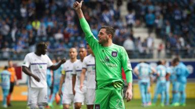 RSC Anderlecht : Frank Boeckx opéré avec succès au dos