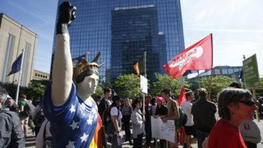 Manifestation anti-Trump : 9.000 personnes dans le centre de Bruxelles