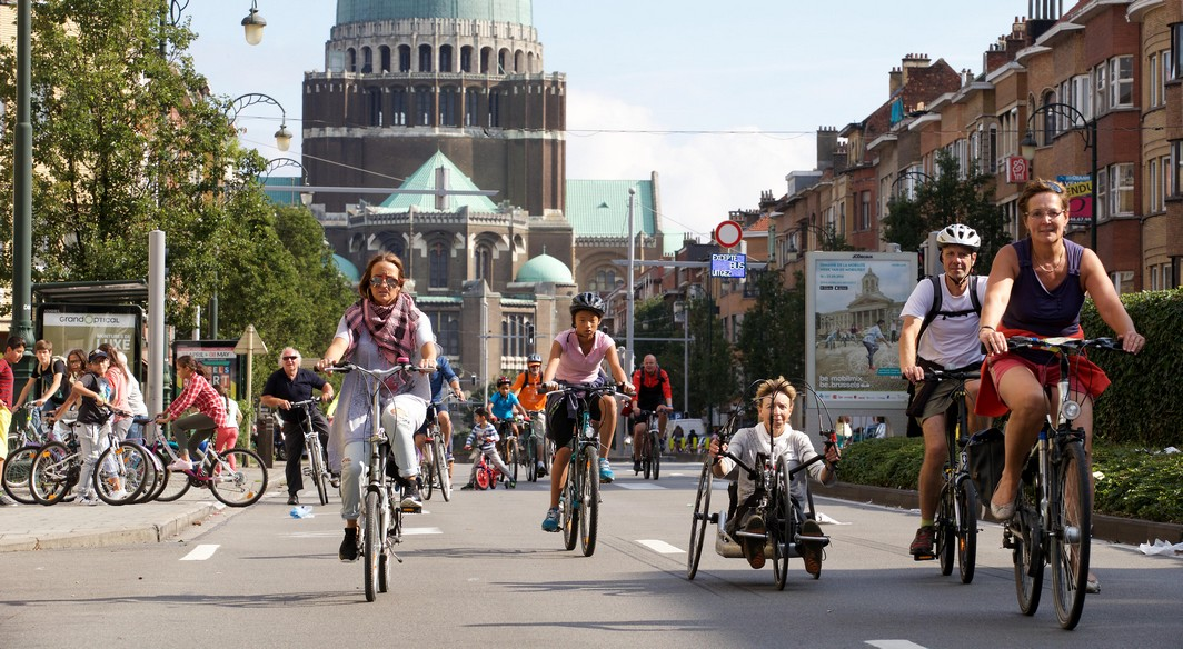 Illustration picture shows the Car Free Sunday in the Brussels Capital region, Sunday 18 September 2016. In several cities and towns across Belgium a Sunday without cars or other motorized transport is organized. BELGA PHOTO NICOLAS MAETERLINCK