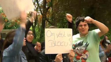 Des étudiants de Francisco Ferrer protestent toujours : la direction refuse leurs demandes sur le blocus