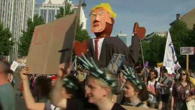L'homme interpellé à la fin de la manifestation anti-Trump a été libéré par la police