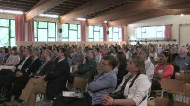 Le Pacte d'excellence présenté devant 200 personnes au Collège Saint-Pierre de Jette