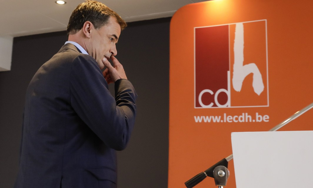 cdH chairman Benoit Lutgen arrives for a press conference of french-speaking christian democrats cdH, in Brussels. Monday 19 June 2017. CdH wants to form new regional governments without the socialist party PS, after several scandals concerning PS-politicians. BELGA PHOTO THIERRY ROGE