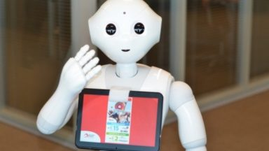 Un robot va aider les 232.000 personnes attendues à Brussels Airport ce week-end