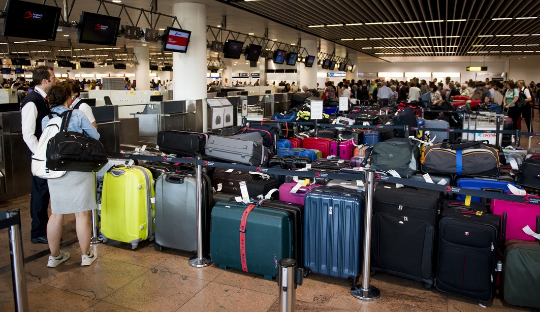 Illustration picture shows luggage ready for shipment during a power outage at Brussels Airport, in Zaventem, Thursday 15 June 2017. BELGA PHOTO JASPER JACOBS