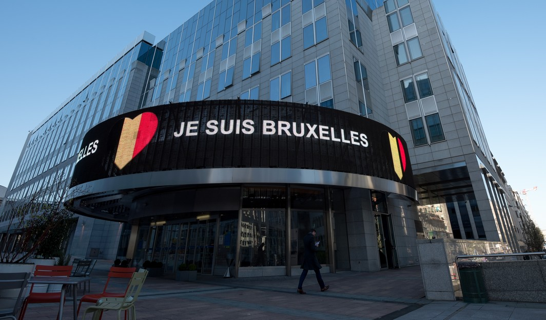 Illustration picture shows a 'Je Suis Bruxelles' (I am Brussels) LED banner outside around the Maalbeek - Maelbeek subway station in Brussels during a tribute to the victims of last year terrorist attacks in Brussels, Wednesday 22 March 2017. On March 22 2016, 32 people were killed and 324 got injured in suicide bombings at Brussels airport and the Brussels' subway. BELGA PHOTO AXELLE COLLARD