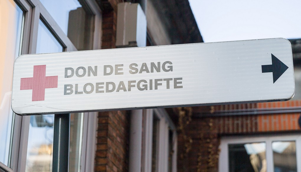 Illustration picture shows a sign indicating the blood donation department at the 'Hopital Saint-Pierre - Ziekenhuis Sint-Pieter' hospital in Brussels after today's terrorist attacks, Tuesday 22 March 2016. This morning two bombs exploded in the departure hall of Brussels Airport and another one in the Maelbeek - Maalbeek subway station, which made around 30 deadly victims and 230 injured people in total. ISIL (Islamic State of Iraq and the Levant - Daesh) claimed responsibility for these attacks. The terrorist threat level has been heightened to four across the country. BELGA PHOTO JAMES ARTHUR GEKIERE